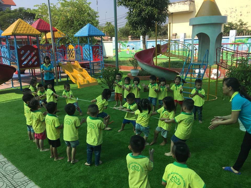 Tổ chức hoạt động giáo dục theo hướng trải nghiệm, lấy trẻ làm trung tâm